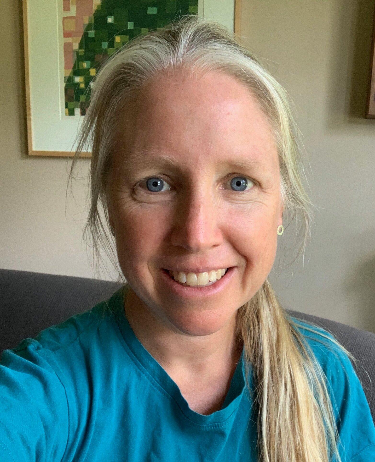 Karen Ernst Headshot
