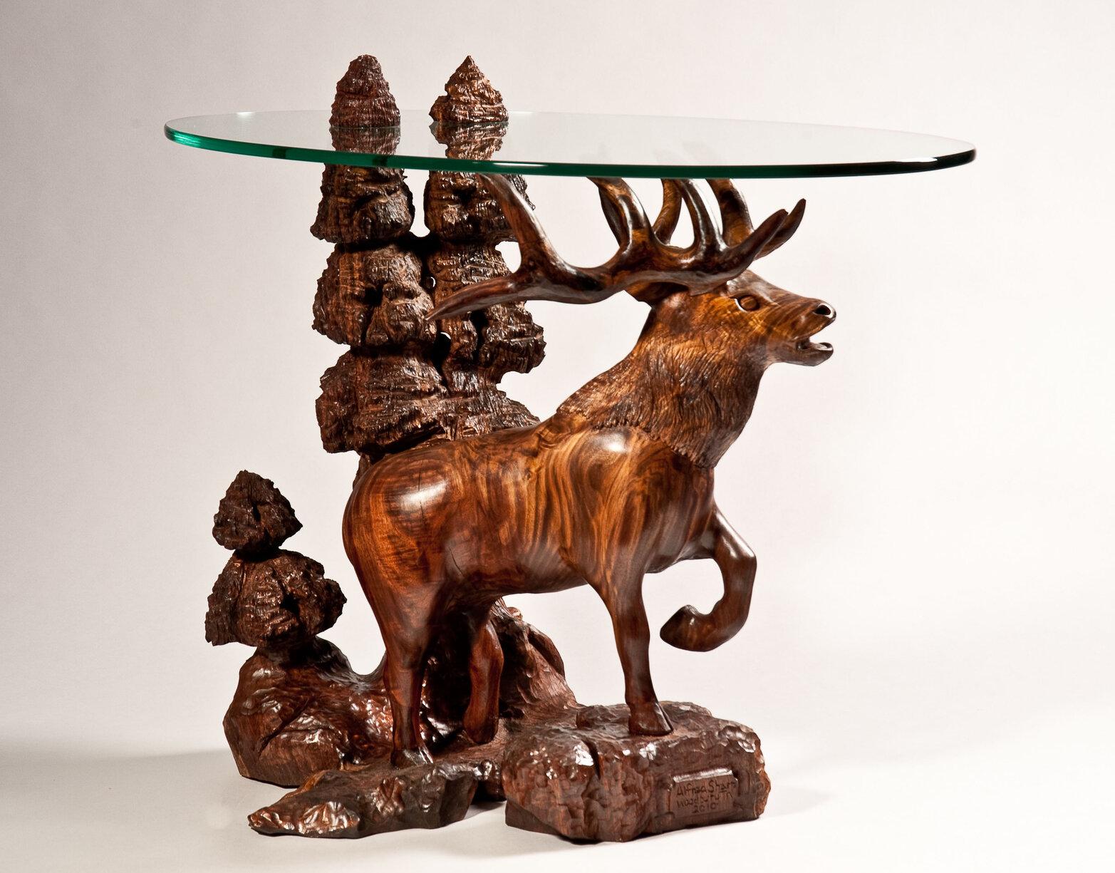 Elk table