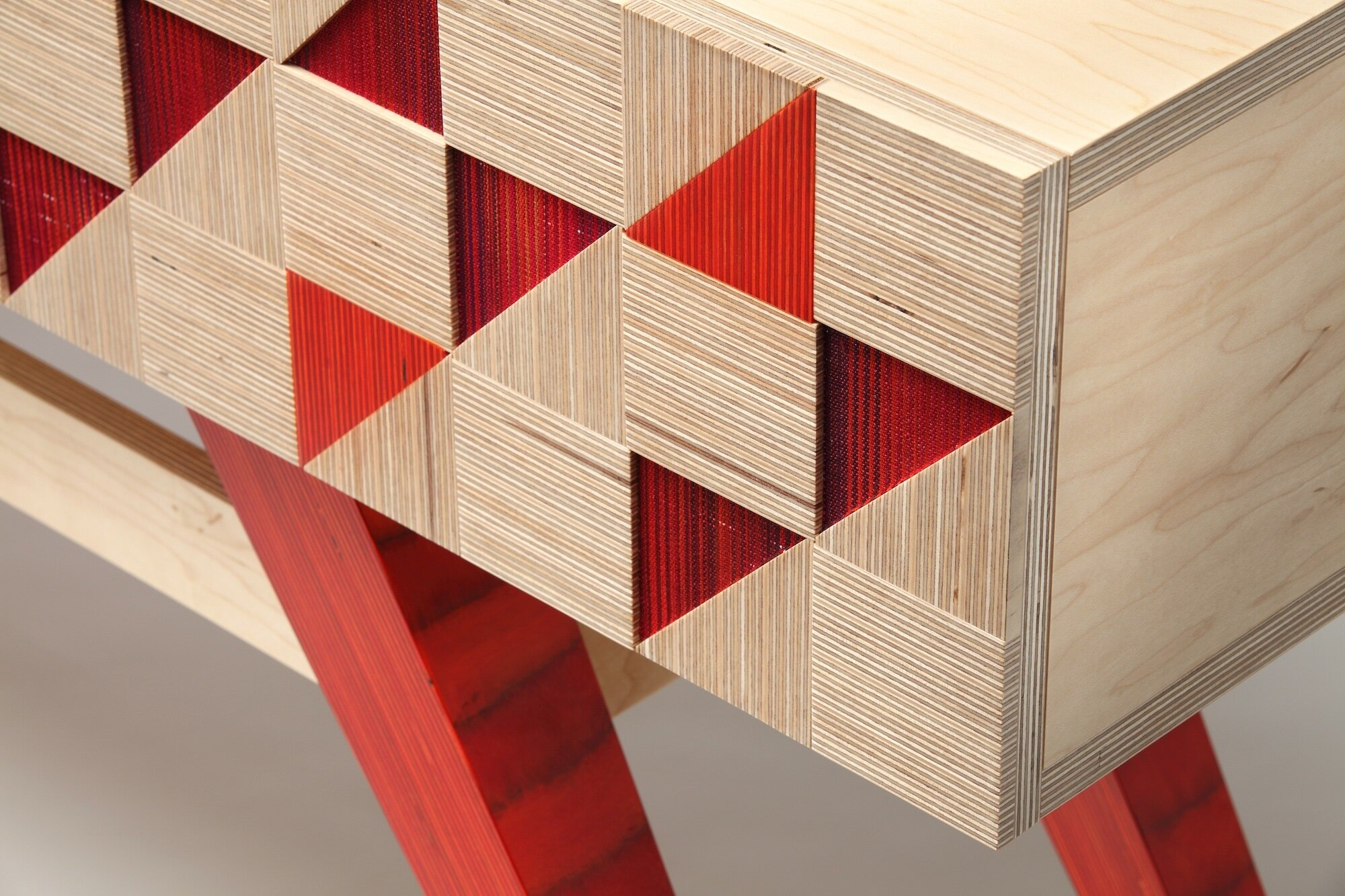 Monarch Table - detail