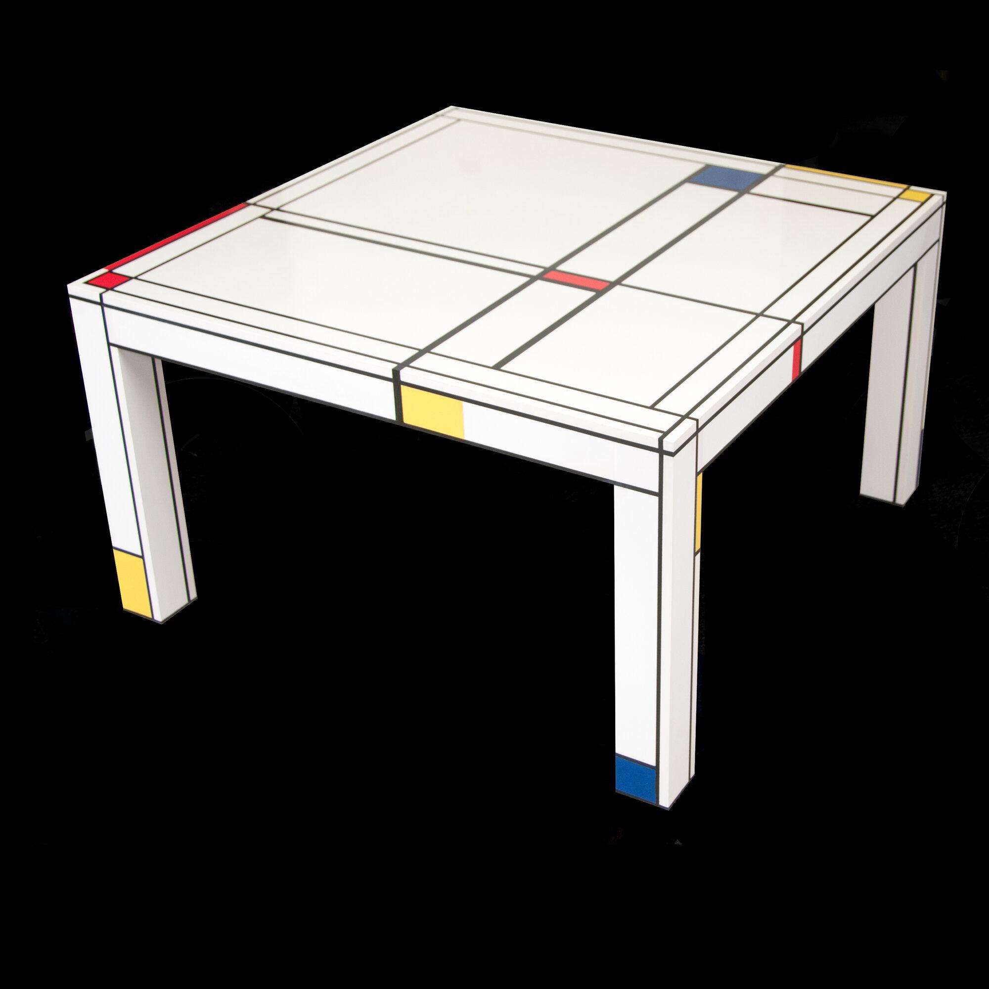 In Honor of Mondrian