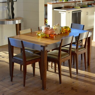 Contemporary Dining Set