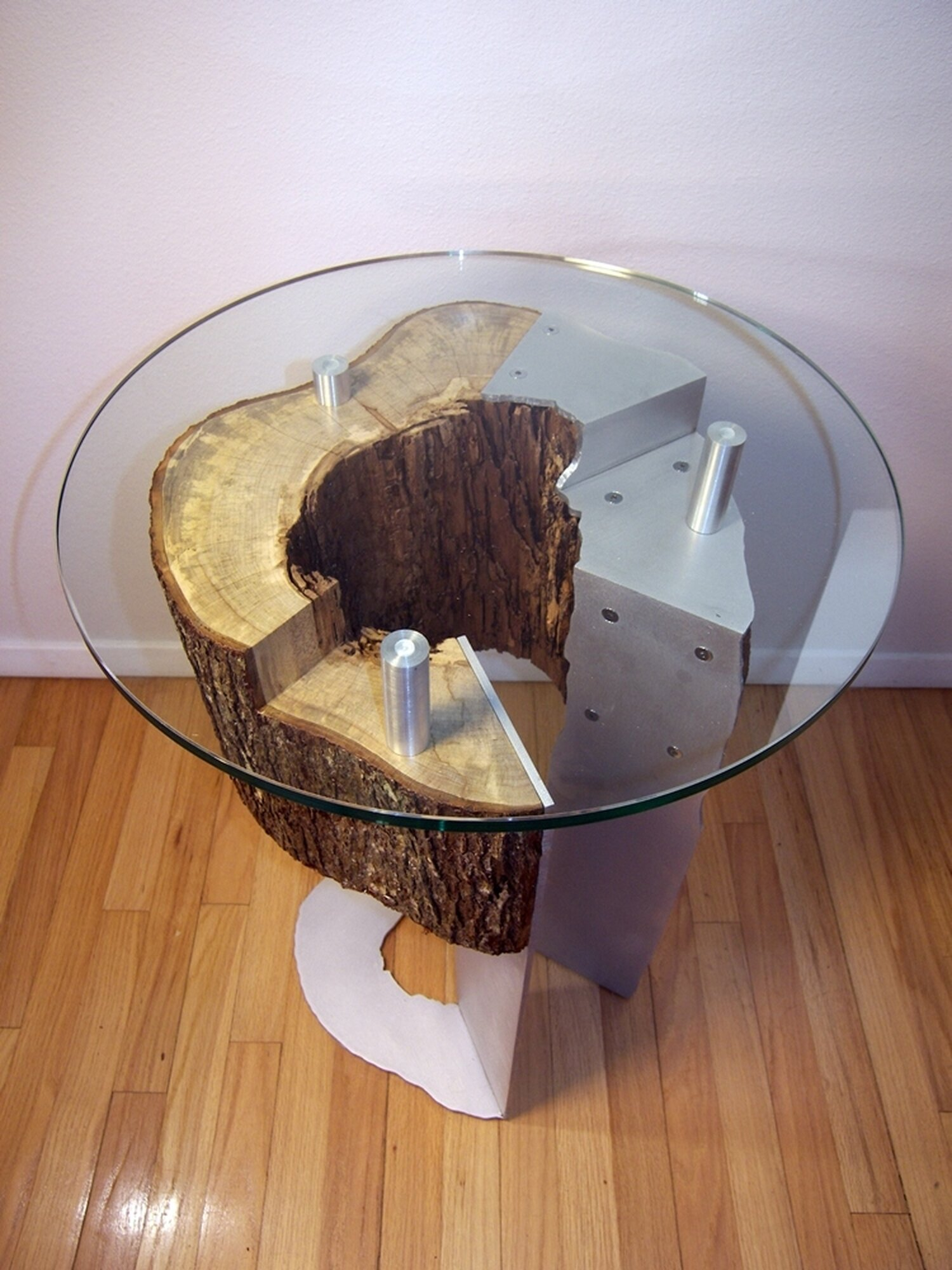 Maple stump table
