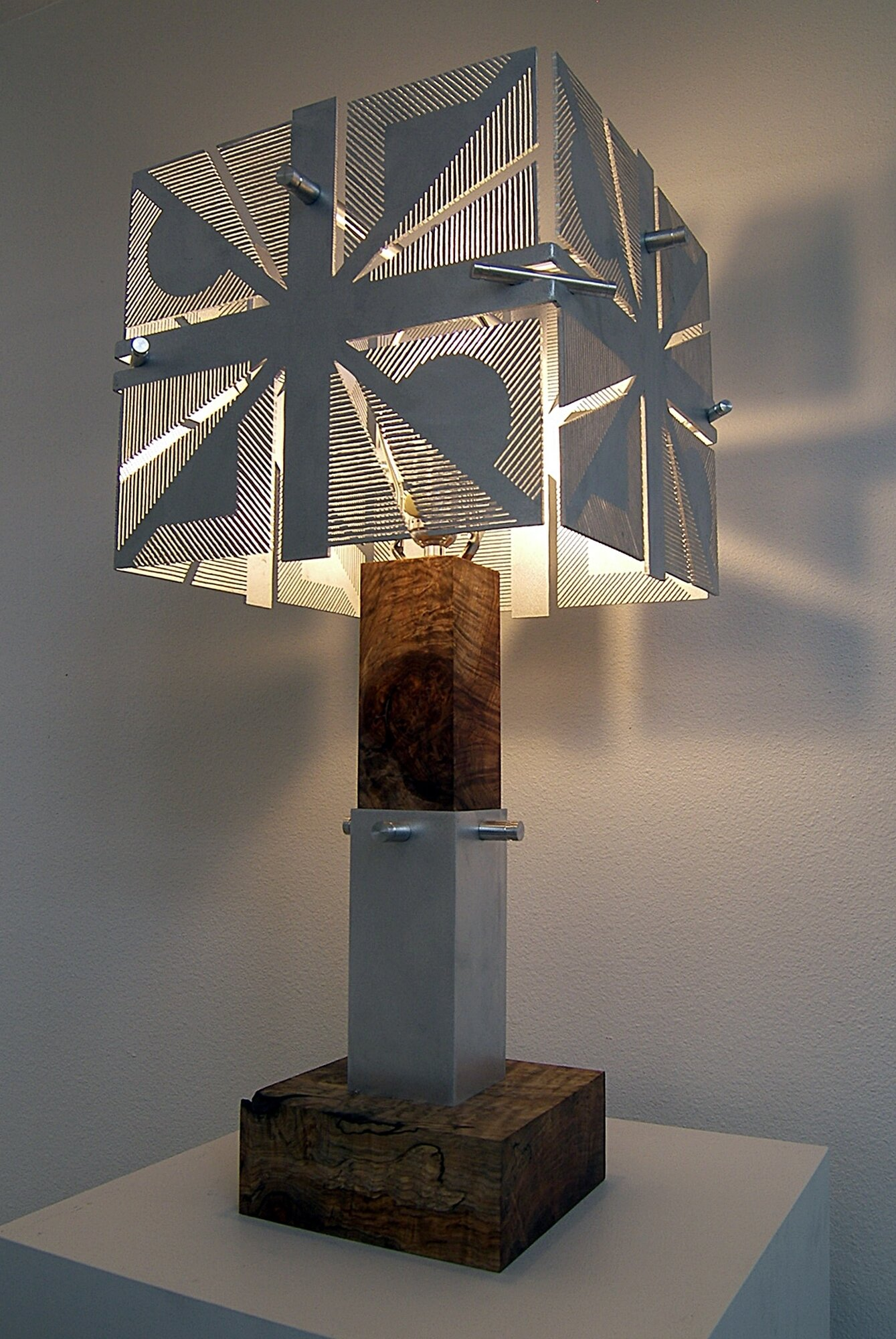 Circle diamond square lamp