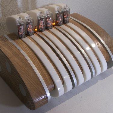Aero nixie tube clock
