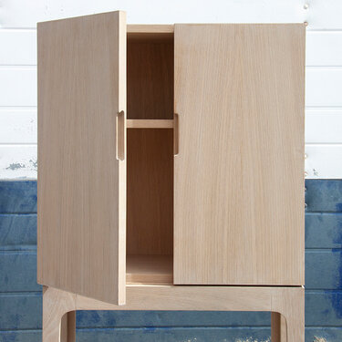 Ready cabinet