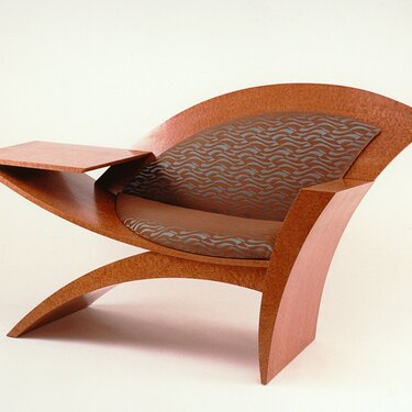 Lateen chair front