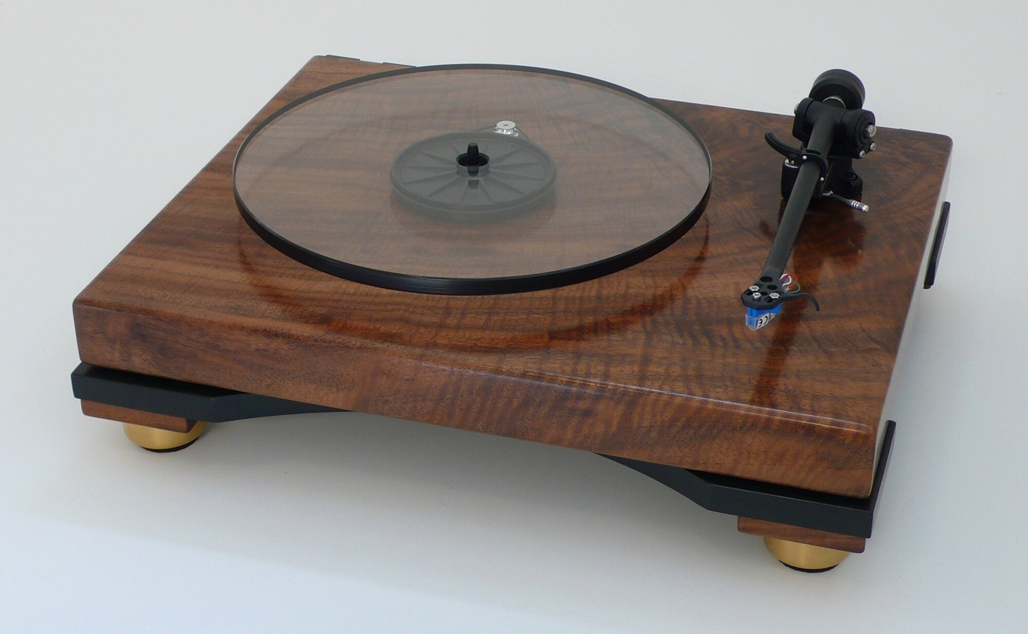 Walnut Turntable