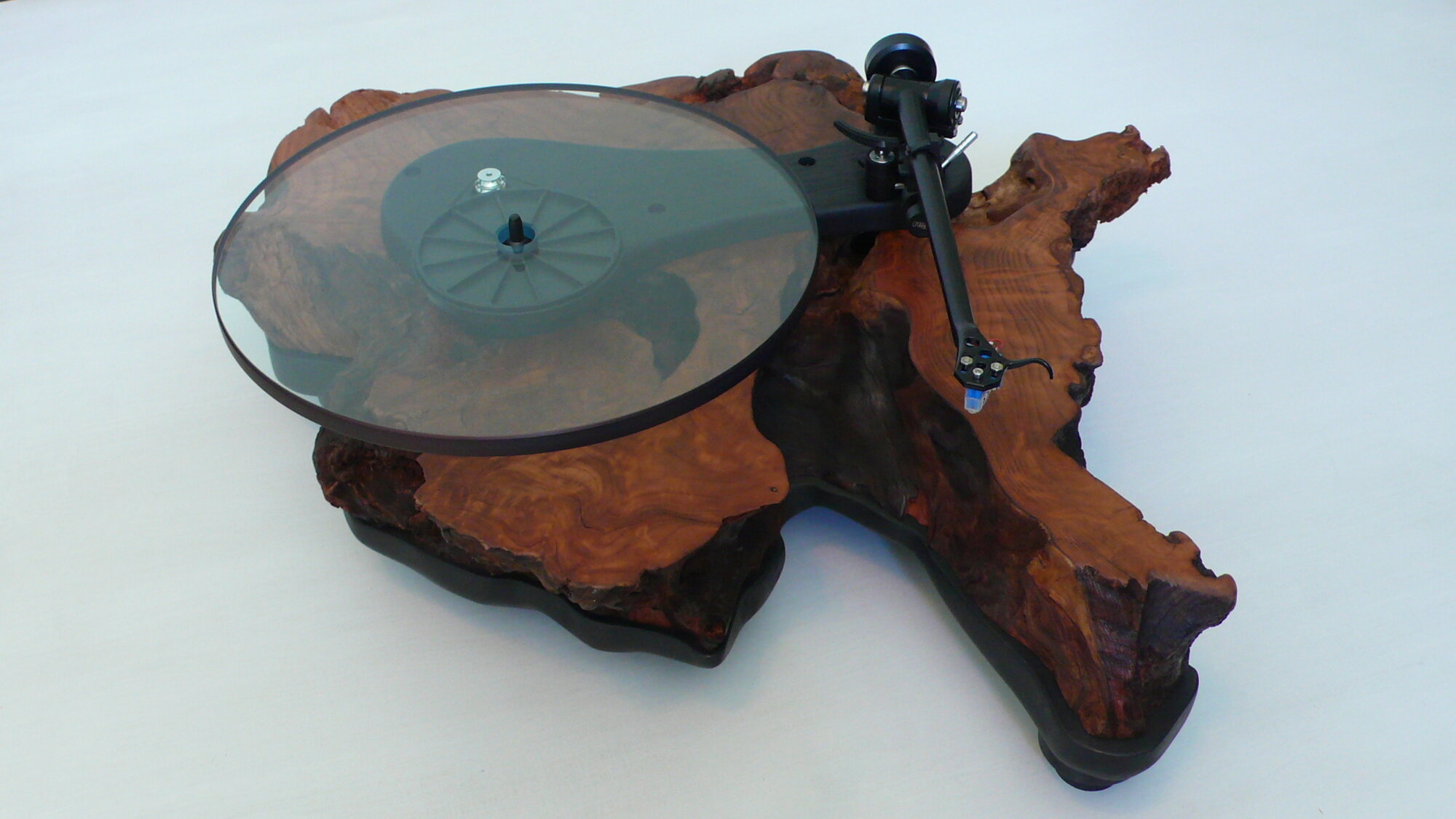 Thoreau Turntable