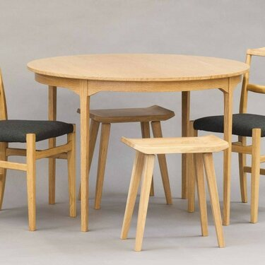 Valley Oak Dining Table