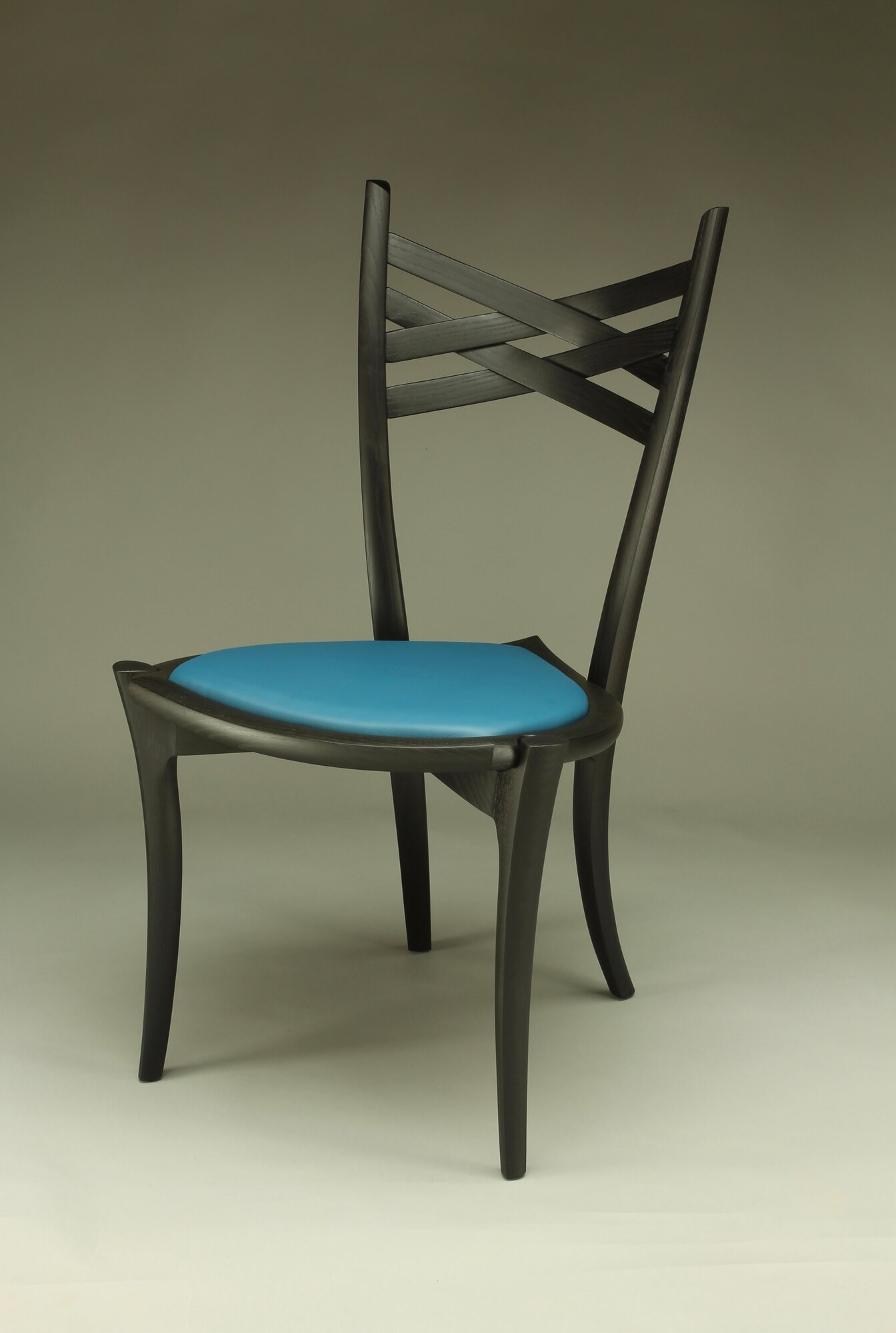 penelope cruz dining chair