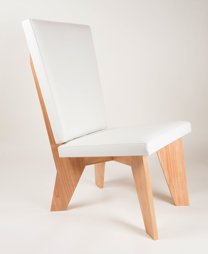 aXial Lounge Chair